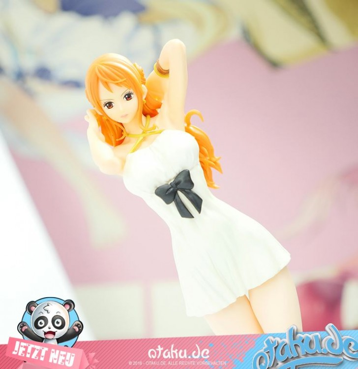One Piece -Nami- -GOLD- Figure