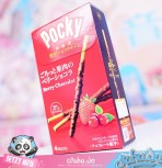 "Pocky ""Berry Chocolate"""